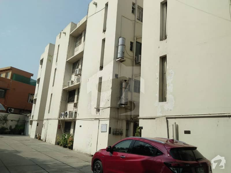 Clifton Block 5 - Near To Italian Embassy Shireen Court Apartment For Rent