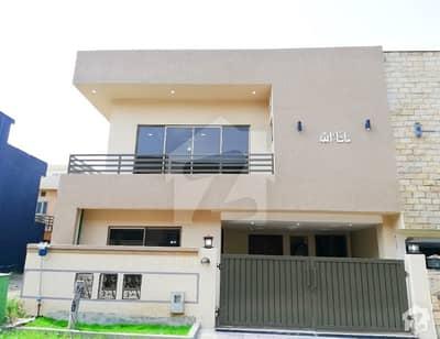 بحریہ ٹاؤن فیز 8 ۔ سفاری ویلی بحریہ ٹاؤن فیز 8 بحریہ ٹاؤن راولپنڈی راولپنڈی میں 5 کمروں کا 7 مرلہ مکان 1.45 کروڑ میں برائے فروخت۔