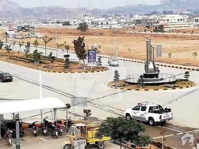 ایم پی سی ایچ ایس - بلاک سی ایم پی سی ایچ ایس ۔ ملٹی گارڈنز بی ۔ 17 اسلام آباد میں 1 کنال رہائشی پلاٹ 83 لاکھ میں برائے فروخت۔