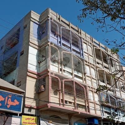 درخشاں سوسائٹی ملیر کراچی میں 2 کمروں کا 4 مرلہ فلیٹ 45 لاکھ میں برائے فروخت۔