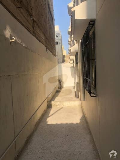 سکیم 33 کراچی میں 3 کمروں کا 10 مرلہ مکان 45 ہزار میں کرایہ پر دستیاب ہے۔
