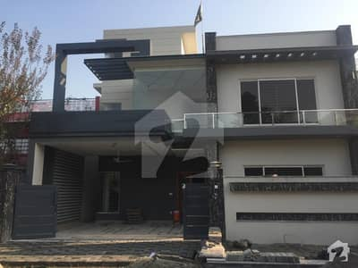 G10 house for sale beautiful location
