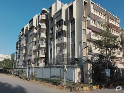 Flat Is Available For Sale In Gulshan E Jauher Block 15
