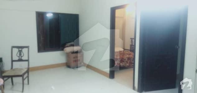 Urgent sale 2 bed lounge apartment main tariq road