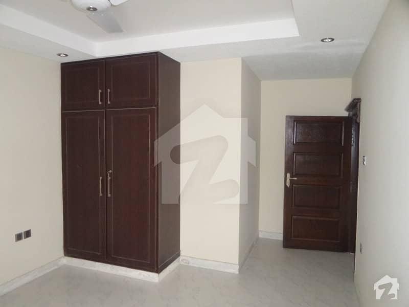 بہارہ کھوہ اسلام آباد میں 2 کمروں کا 3 مرلہ فلیٹ 26 لاکھ میں برائے فروخت۔