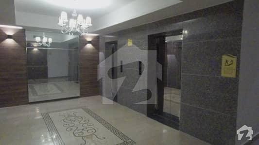 هایدی پارک گلبرگ لاہور میں 3 کمروں کا 8 مرلہ فلیٹ 3.1 کروڑ میں برائے فروخت۔