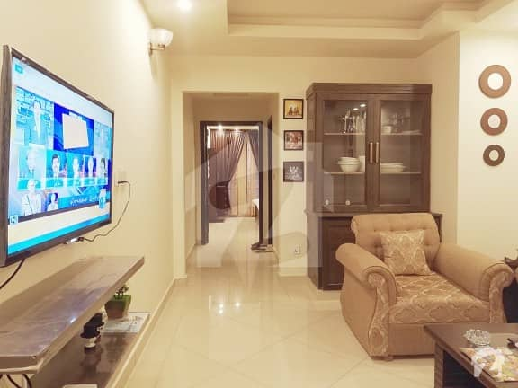 Executive 1 Bed Apartment On Daily Basis With Free WiFi, Netflix & Breakfast in The Grande,  Bahria Town Ph. 4, Rwp.