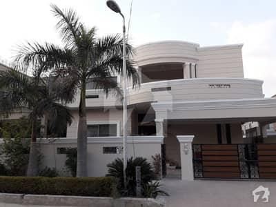 جی ۔ 10/2 جی ۔ 10 اسلام آباد میں 6 کمروں کا 18 مرلہ مکان 7.25 کروڑ میں برائے فروخت۔