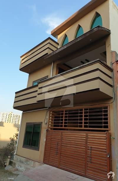تارامری اسلام آباد میں 4 کمروں کا 5 مرلہ مکان 95 لاکھ میں برائے فروخت۔