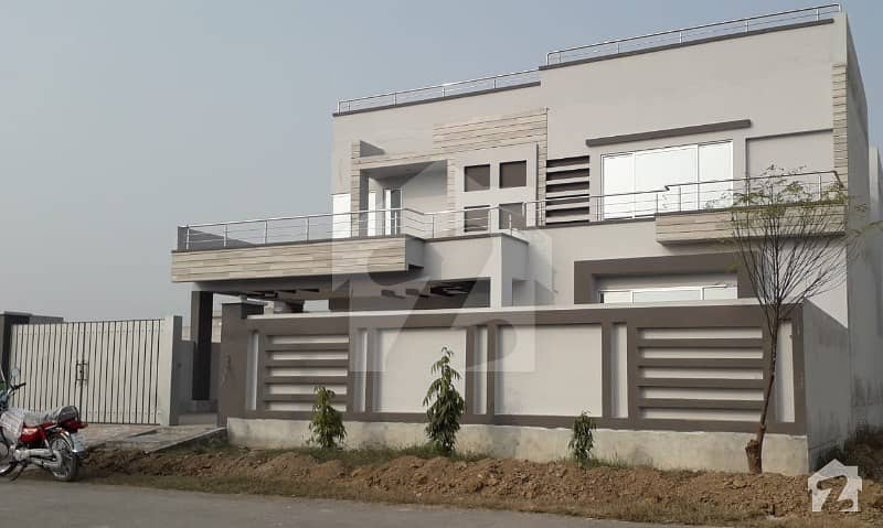 1 Kanal Brand New Very Magnificent House For Sale With Lifestyle Advantages