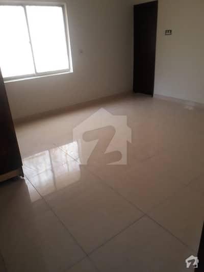 ڈی ایچ اے فیز 6 ڈی ایچ اے کراچی میں 5 کمروں کا 12 مرلہ مکان 1.5 لاکھ میں کرایہ پر دستیاب ہے۔