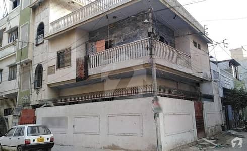 نارتھ کراچی کراچی میں 4 کمروں کا 3 مرلہ مکان 1.05 کروڑ میں برائے فروخت۔