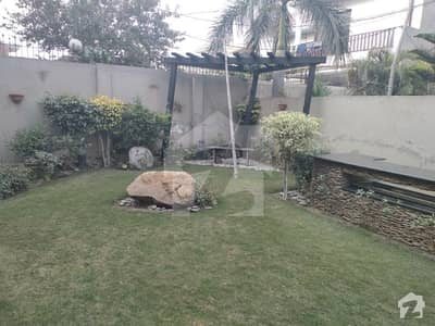 24 Marla  House For Sale Sarwar Road Lahore Cantt