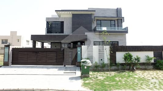 20 Marla Stylish New House  Near to Wateen Chowk Must Once Visit