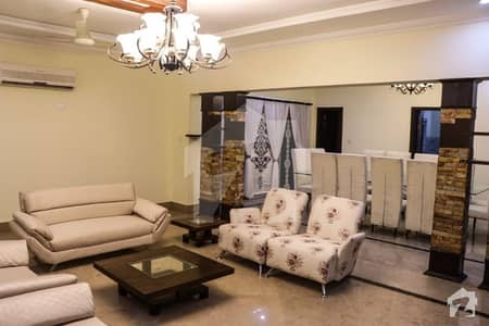 River Hill View 2 Kanal Outstanding Fully Furnished Model Bungalow Next To Beautiful Park On Top Heighted Location Of Bahria Town
