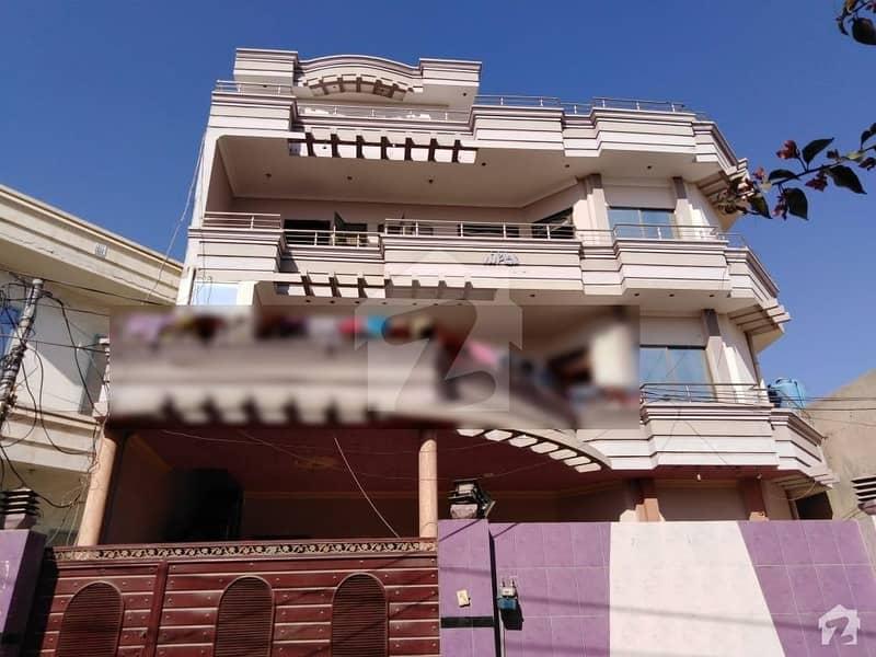 چیمہ ٹاؤن بہاولپور میں 6 کمروں کا 1 کنال مکان 65 ہزار میں کرایہ پر دستیاب ہے۔