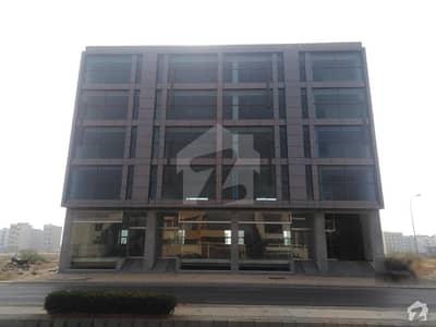 ڈی ایچ اے فیز 8 ڈی ایچ اے کراچی میں 11 مرلہ دکان 20 کروڑ میں برائے فروخت۔