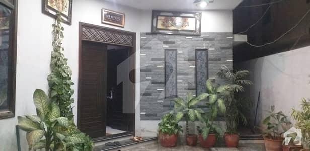 نارتھ ناظم آباد ۔ بلاک این نارتھ ناظم آباد کراچی میں 3 کمروں کا 16 مرلہ مکان 85 ہزار میں کرایہ پر دستیاب ہے۔