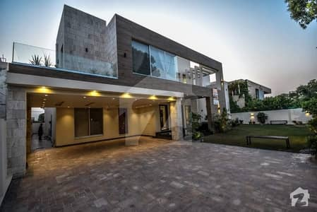 Marvelous 2 Kanal Extra Ordinary Bungalow For Sale
