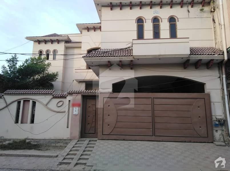 12 Marla Double Storey House For Rent