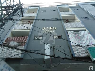 اچھرہ لاہور میں 2 کمروں کا 3 مرلہ فلیٹ 45 لاکھ میں برائے فروخت۔