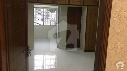 کلفٹن ۔ بلاک 3 کلفٹن کراچی میں 3 کمروں کا 9 مرلہ فلیٹ 1.25 لاکھ میں کرایہ پر دستیاب ہے۔