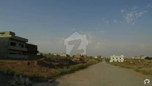 آئی 11/2 آئی ۔ 11 اسلام آباد میں 6 مرلہ رہائشی پلاٹ 1.3 کروڑ میں برائے فروخت۔