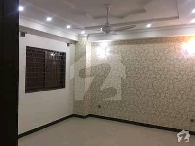 ایف ۔ 11 اسلام آباد میں 2 کمروں کا 6 مرلہ فلیٹ 1.55 کروڑ میں برائے فروخت۔