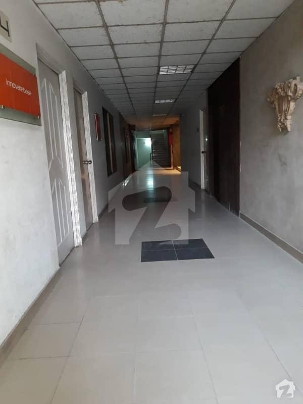 ائیرپورٹ روڈ لاہور میں 1 کمرے کا 2 مرلہ فلیٹ 31 ہزار میں کرایہ پر دستیاب ہے۔