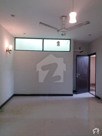 Apartment Is Available For Rent 3 Bedrooms 1250 Square Feet With Lift