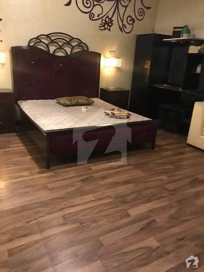 ڈی ایچ اے فیز 7 ڈی ایچ اے کراچی میں 1 کمرے کا 1 کنال کمرہ 32 ہزار میں کرایہ پر دستیاب ہے۔