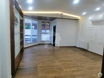 ایف ۔ 8 اسلام آباد میں 3 کمروں کا 13 مرلہ کمرہ 1.2 لاکھ میں کرایہ پر دستیاب ہے۔