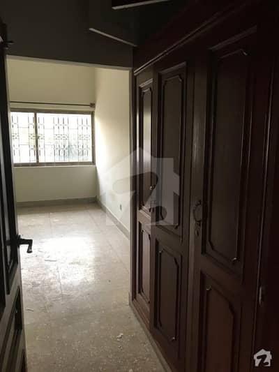جی ۔ 8 اسلام آباد میں 5 کمروں کا 12 مرلہ مکان 4.5 کروڑ میں برائے فروخت۔