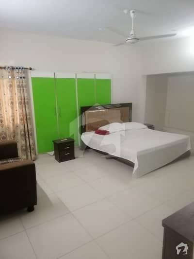 سِی ویو اپارٹمنٹس کراچی میں 3 کمروں کا 8 مرلہ فلیٹ 1.3 لاکھ میں کرایہ پر دستیاب ہے۔