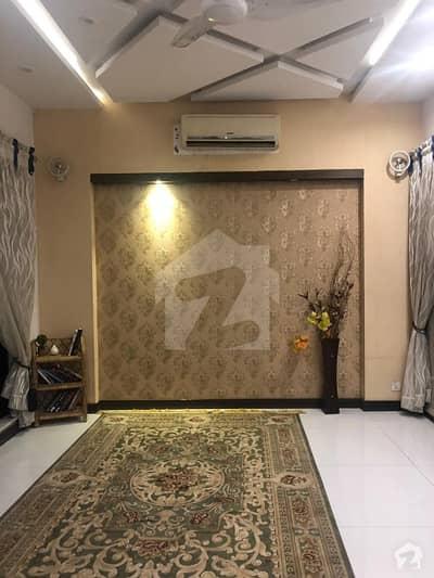 ڈی ایچ اے فیز 4 - بلاک ڈبل ای فیز 4 ڈیفنس (ڈی ایچ اے) لاہور میں 1 کمرے کا 10 مرلہ کمرہ 22 ہزار میں کرایہ پر دستیاب ہے۔