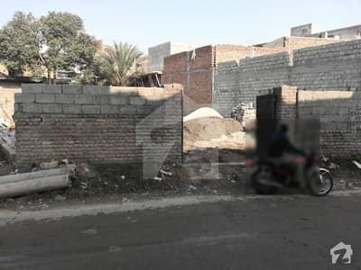 کورال ٹاؤن اسلام آباد میں 13 مرلہ کمرشل پلاٹ 1.82 کروڑ میں برائے فروخت۔