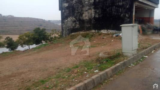 Rafi Commercial 5 Marla Commercial Plot For Sale  On Lake View