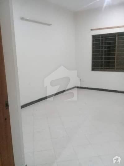 5 Marla Upper Portion House Is Ready For Rent At Reasonable Price