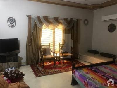 طارق گارڈنز ۔ بلاک ای طارق گارڈنز لاہور میں 5 کمروں کا 10 مرلہ مکان 2 کروڑ میں برائے فروخت۔