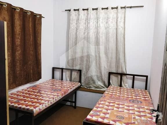 سیٹیلائیٹ ٹاؤن بہاولپور میں 1 مرلہ کمرہ 3 ہزار میں کرایہ پر دستیاب ہے۔