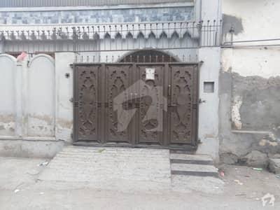 حیات آباد فیز 1 - ای3 حیات آباد فیز 1 حیات آباد پشاور میں 10 مرلہ مکان 2.2 کروڑ میں برائے فروخت۔