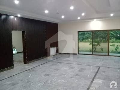 جی ۔ 6/4 جی ۔ 6 اسلام آباد میں 6 کمروں کا 6 کنال مکان 15 لاکھ میں کرایہ پر دستیاب ہے۔