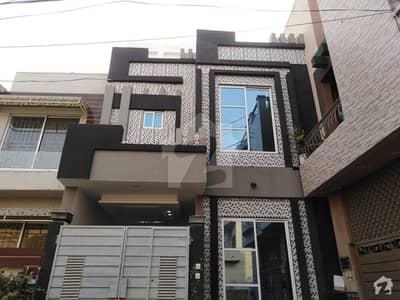 پنجاب کوآپریٹو ہاؤسنگ ۔ بلاک ایف پنجاب کوآپریٹو ہاؤسنگ سوسائٹی لاہور میں 3 کمروں کا 5 مرلہ مکان 1.5 کروڑ میں برائے فروخت۔