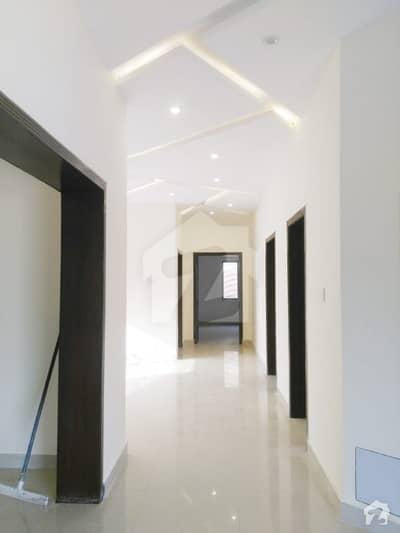 زراج ہاؤسنگ سکیم اسلام آباد میں 6 کمروں کا 14 مرلہ مکان 2.5 کروڑ میں برائے فروخت۔