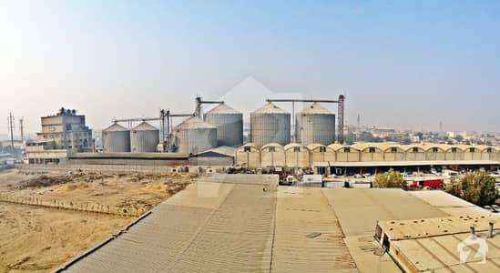 کورنگی انڈسٹریل ایریا کورنگی کراچی میں 11.11 کنال صنعتی زمین 15 لاکھ میں کرایہ پر دستیاب ہے۔