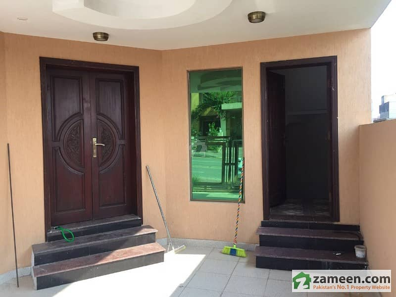 7 Marla 7 Bed House For Sale In Bahria Town Phase 8 - Block CC