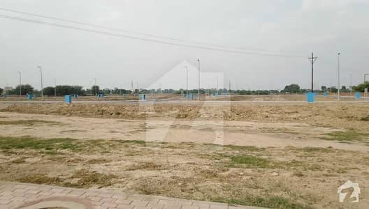 Corner Side Residential Plot Awaiting Buyers In Bahria Town Lahore