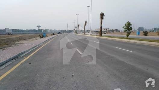 گالف ویو ریزیڈنسیا - فیز 3 گالف ویو ریذڈینشیاء بحریہ ٹاؤن لاہور میں 10 مرلہ رہائشی پلاٹ 37.5 لاکھ میں برائے فروخت۔