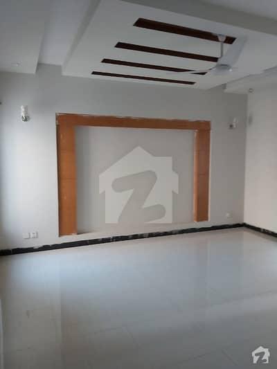نشیمنِ اقبال لاہور میں 3 کمروں کا 1 کنال بالائی پورشن 45 ہزار میں کرایہ پر دستیاب ہے۔