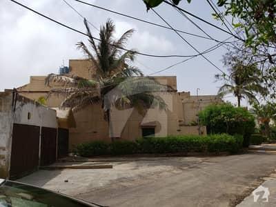 3 Side Corner Darkshan Villa 260 Sq Yards 200 Sq Yards Extra Land For Sale At Reasonable Price